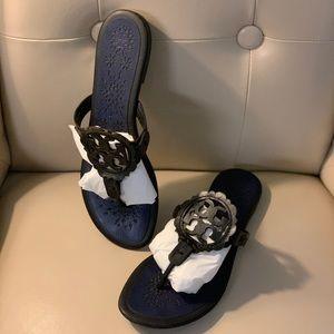 Tory Burch Scallop Miller Sandals